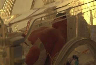 OMS: Mii de nou-nascuti mor, zilnic, in pofida reducerii mortalitatii in randul copiilor sub cinci ani