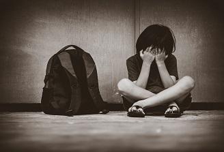 Salvați Copiii: E nevoie de norme metodologice clare pentru ca școlile să permită reîntoarcerea elevilor