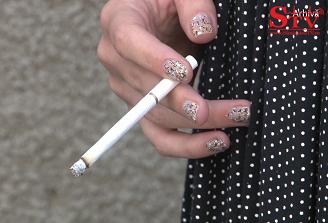 Studiu: Fumatorii sub 50 de ani prezinta un risc de peste opt ori mai crescut de a suferi un atac de cord decat nefumatorii