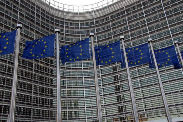 Coronavirus: Comisia Europeană cere limitarea călătoriilor din India