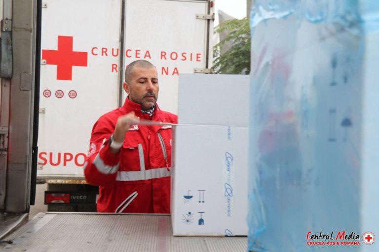 500 de kilograme de echipamente de protecție și dezinfectanți donate de Crucea Roșie Spitalului Județean Suceava