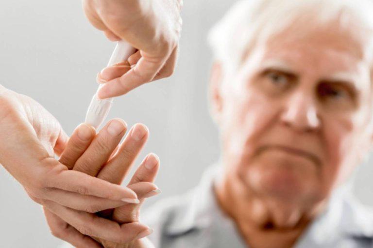 30% dintre decesele COVID-19 din România sunt asociate cu diabetul zaharat