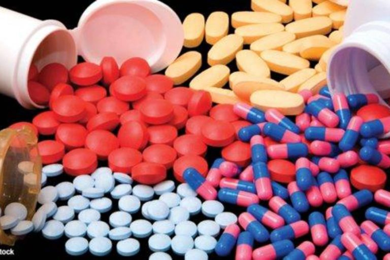Mai mulți oameni de știință cer o analiză independentă a studiului despre hidroxiclorochină publicat în The Lancet
