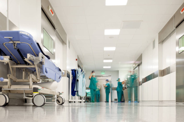 Noua spitale din Capitala vor asigura asistenţa medicala de urgenţa in zilele de Craciun