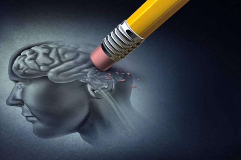 Pacientii cu Alzheimer se manifesta diferit in functie de limba vorbita – studiu