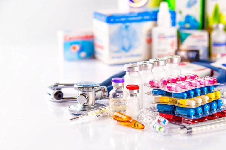 Zeci de medicamente noi introduse în Canamed din 1 iunie