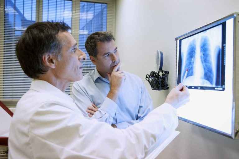 A fost lansat proiect-pilot pentru ingrijirea in ambulatoriu a pacientilor cu tuberculoza necontagiosi; cine poate fi inclus?