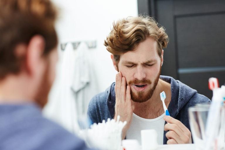 Cele mai întâlnite cinci probleme dentare și cauzele lor