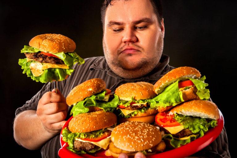 Etichetele ce indica exercitiile fizice necesare arderii caloriilor dintr-un aliment,  o strategie contra obezitatii – studiu