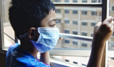 Administrația județului Tulcea trimite 35.000 de măşti medicale în Suzhou