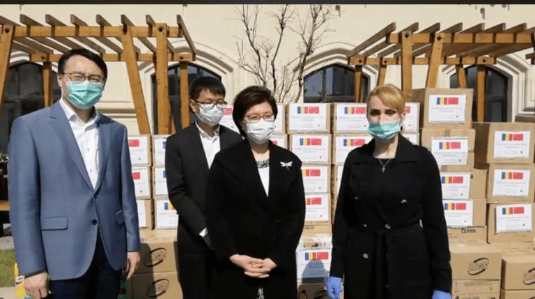 Spitalele din București primesc materiale de protecție din partea Chinei