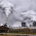 Expunerea la poluarea aerului poate crește numărul de decese COVID-19 cu 15% în întreaga lume
