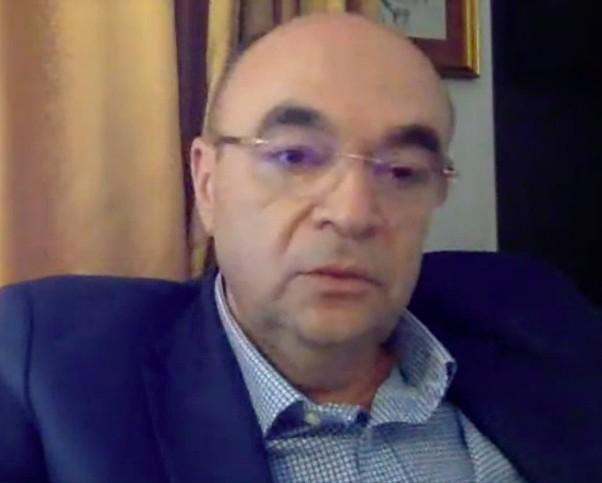 Prof. dr. Radu Vlădăreanu: Și băieții trebuie vaccinați antiHPV