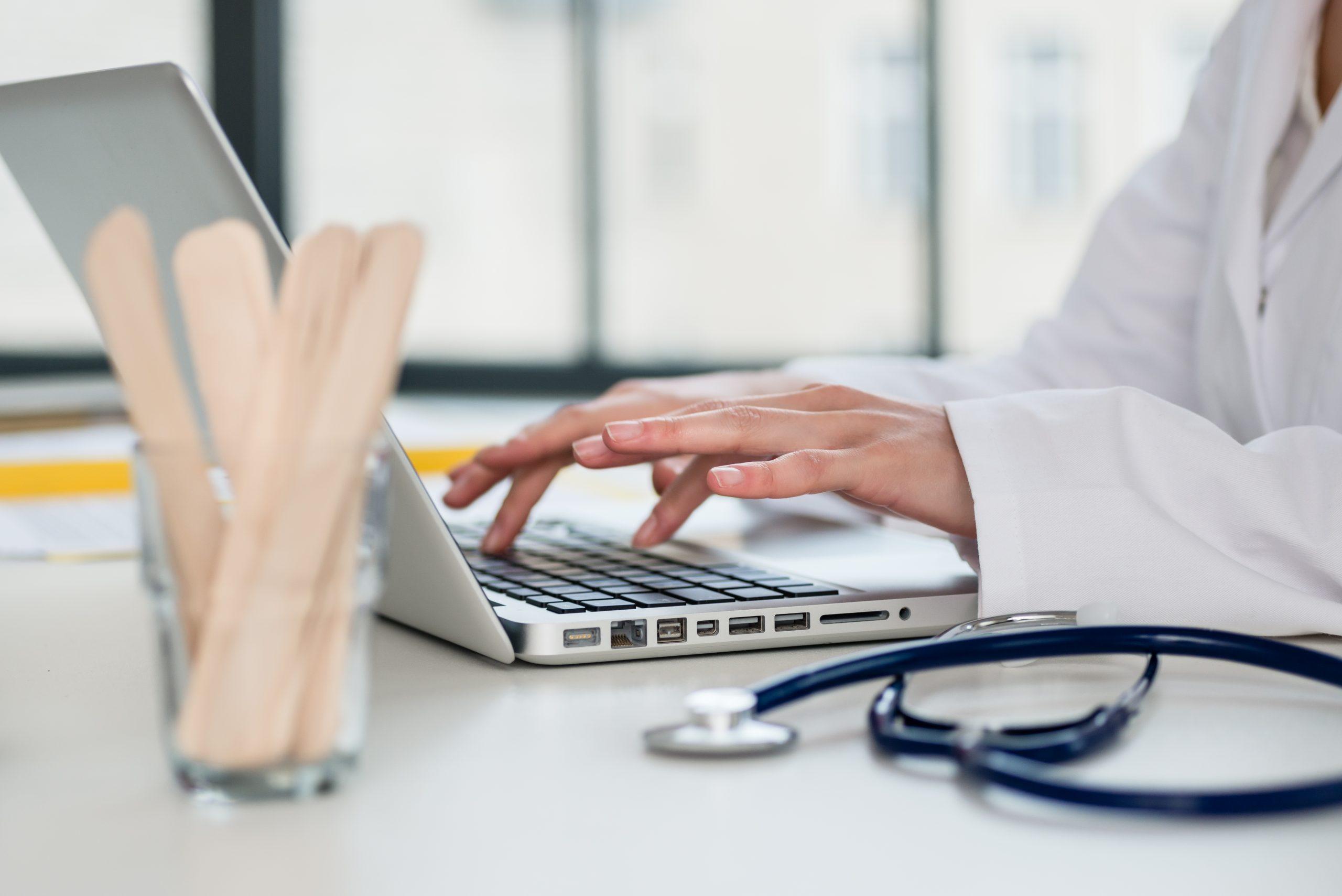 medic la laptop
