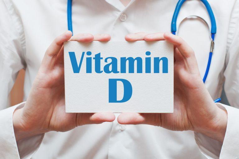 Un studiu arată că peste 80 % dintre pacienţii care suferă de COVID-19 au lipsă de vitamina D