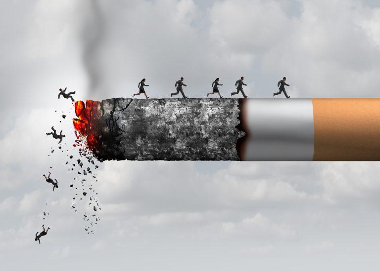 OMS lansează cu ajutorul WhatsApp o campanie pentru ca 100 de milioane de persoane sa renunţe la fumat