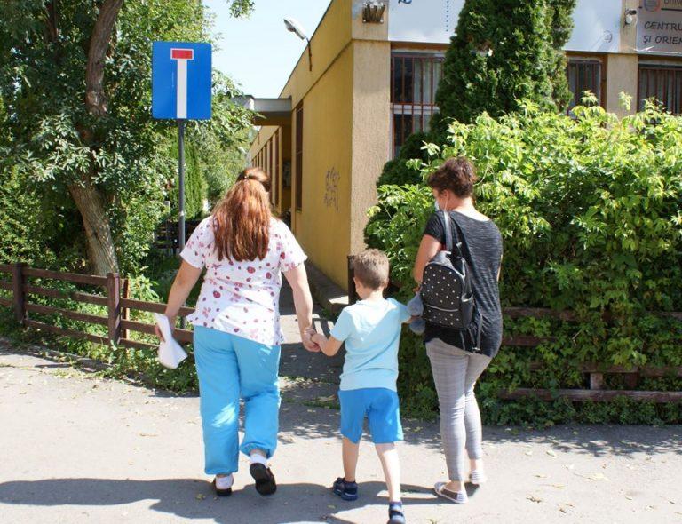 Centrul de Urgențe Stomatologice pentru Copii din Bucureşti a tratat 273 de copii
