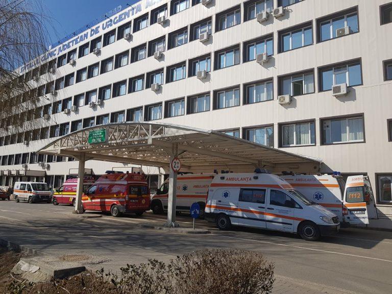 Medici de la SCJU Arad au vindecat un bebeluş de nouă zile, internat cu COVID-19