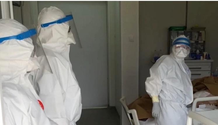 EXCLUSIV Angajații din Sănătate care gestionează pacienți COVID primesc un spor real între 100 și 300 de lei
