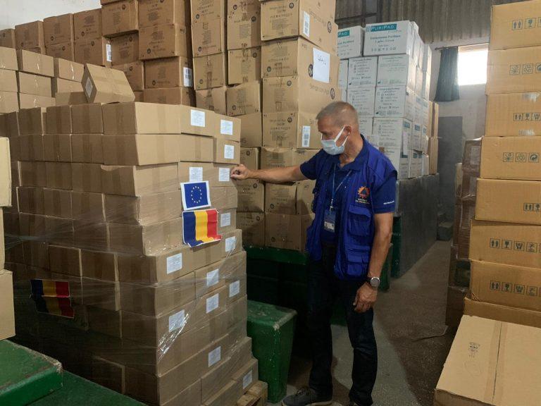Misiune de asistenţă umanitară: 1,5 tone de echipamente de protecţie sanitară, pentru Republica Moldova