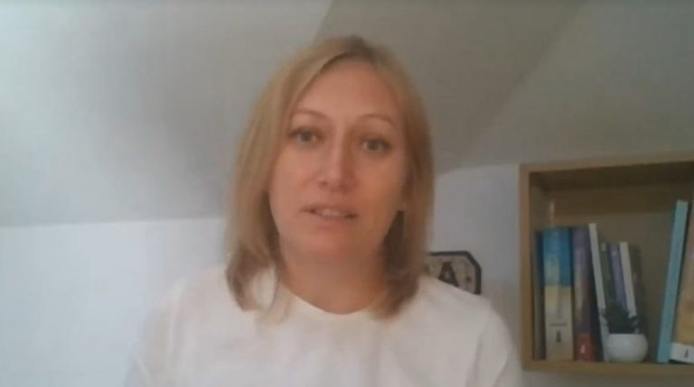 VIDEO Consultantul acreditat IBCLC în alăptare. Ce este, când ne adresăm lui și când ne poate ajuta