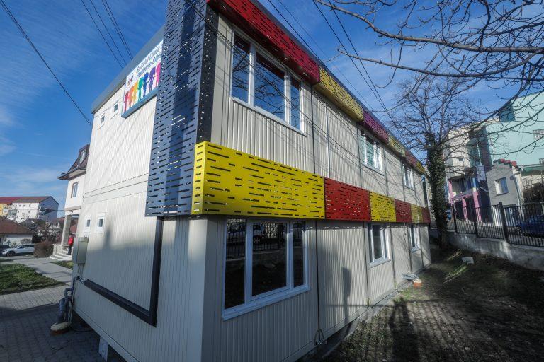 12 containere pentru triajul copiilor cu diferite boli infecțioase, la Spitalul Clinic de Pediatrie Sibiu