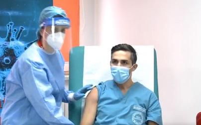 Coronavirus: A fost vaccinat coordonatorul campaniei naţionale de vaccinare
