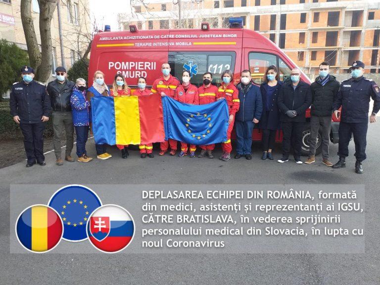 O echipă de medici și asistenți medicali români a plecat miercuri în Bratislava într-o misiune de 21 de zile