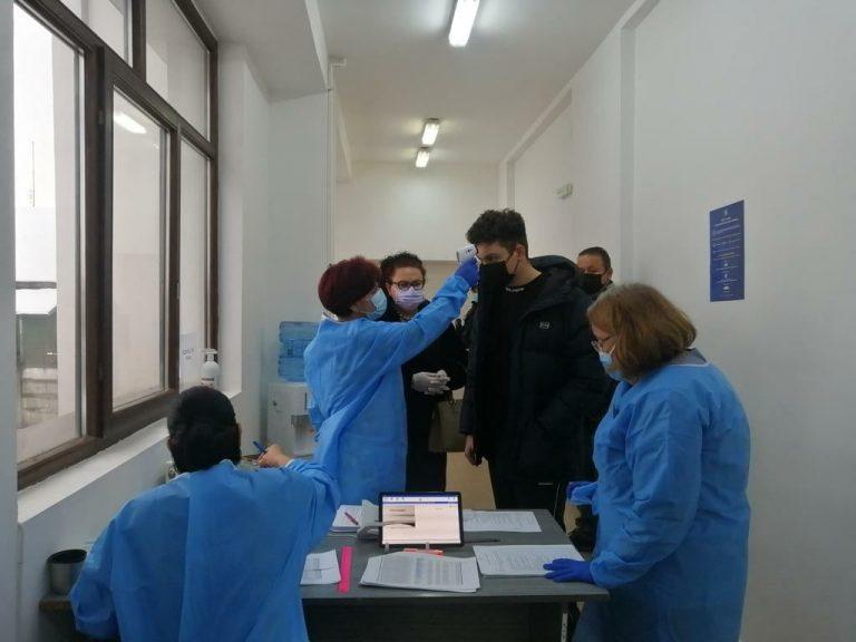 Cine este cel mai tânăr român care s-a vaccinat împotriva noului coronavirus