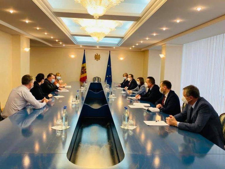 Nelu Tătaru a împărtășit Republicii Moldova din experiența României în gestionarea pandemiei