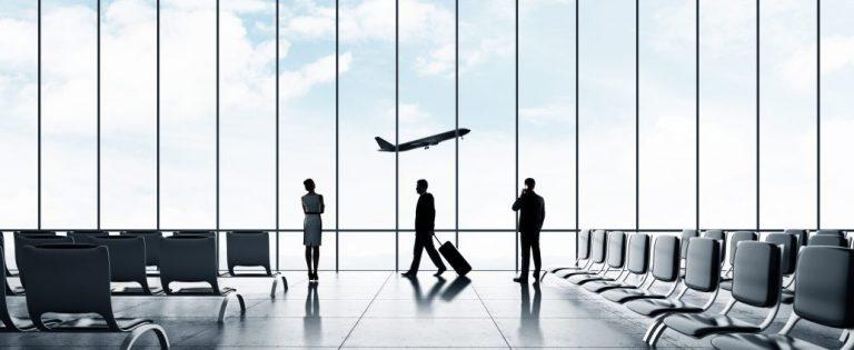 OMS: Aeroporturile nu trebuie să ceară călătorilor adeverințe de vaccinare anti-COVID-19