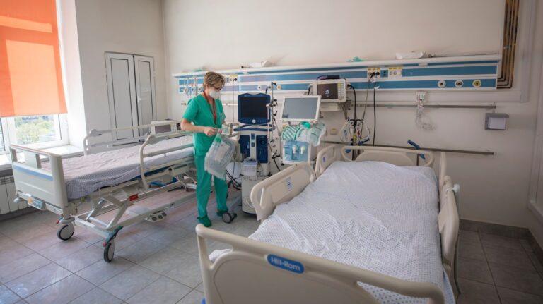 MApN: O nouă secție ATI COVID-19, cu 14 paturi, operaționalizată la Spitalul Militar Central
