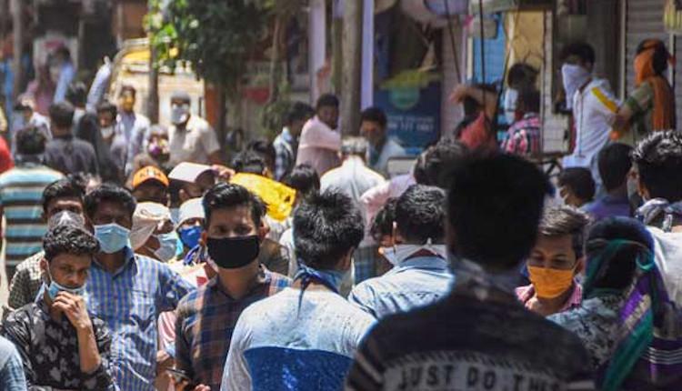 """India: Ce este """"ciuperca neagră"""" care îi afectează pe pacienţii cu COVID-19"""