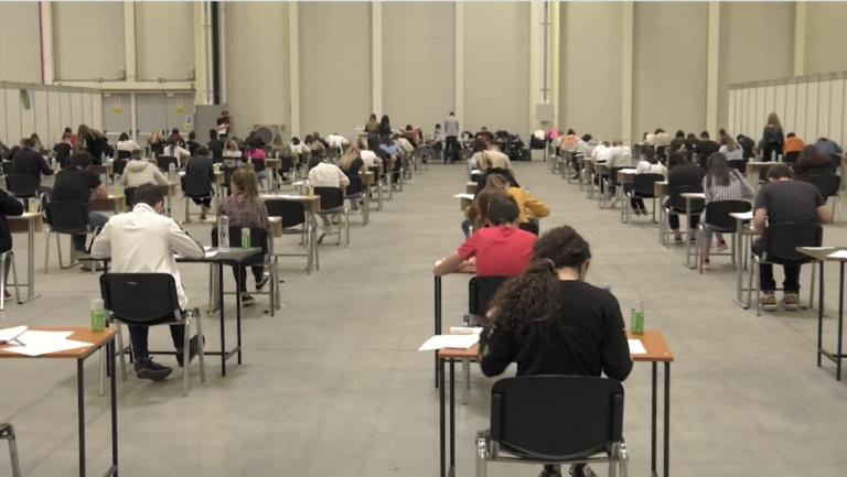 Record de participanți la simularea examenului de admitere la Facultatea de Medicină din București