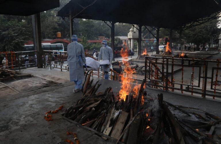 India: 4.529 de decese cauzate de COVID-19 în 24 de ore, un nou record