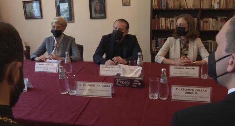 Premierul Florin Cîţu: Avem nevoie de Biserica Ortodoxă Română și de toate cultele în campania de vaccinare