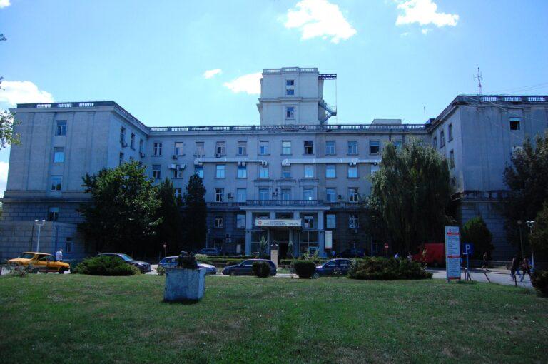 """Lucrările de reparații la conducta care alimentează cu apă Institutule Fundeni și """"C.C. Iliescu"""", finalizate"""